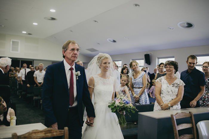 aimee_claire_photography_alverstoke_barn_wedding020